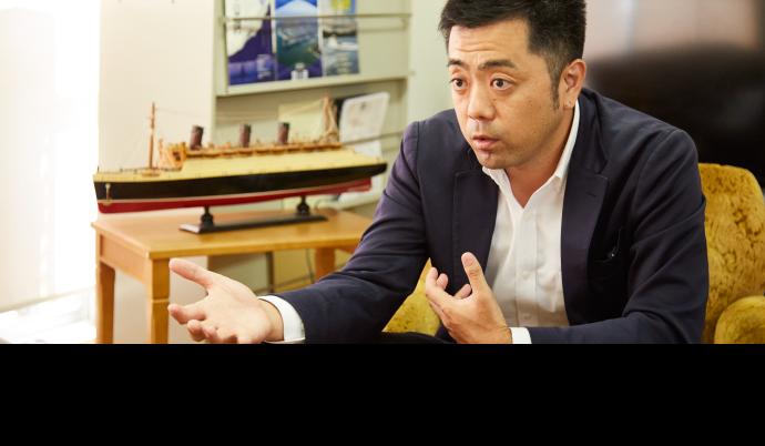 北陸ポートサービス株式会社 代表取締役 加治 幸大